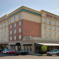 Drury Inn & Suites St Louis Forest Park
