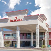 Ramada Edgewood Hotel & Conf Center