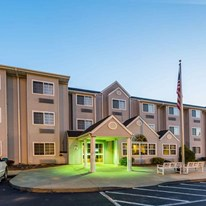 Microtel Inn & Suites Hillsborough