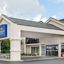 Baymont Inn & Suites London
