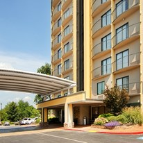 Best Western Plus Atlanta Airport- East