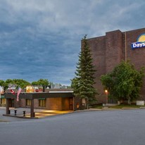Days Inn & Conference Centre Renfrew
