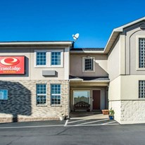 Econo Lodge Inns & Suites Airport
