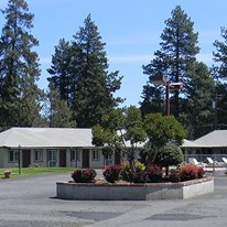 Cascade Lodge & Motel