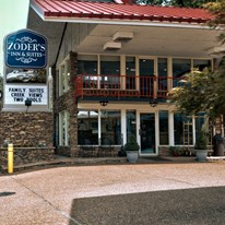 Zoder's Inn & Suites