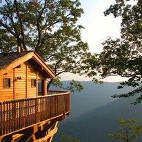 The Lodge & Cottages at Primland