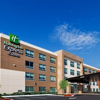 Holiday Inn Express & Suites Chanute
