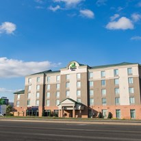 Holiday Inn Express & Suites Brampton