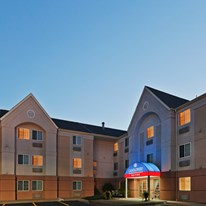 Candlewood Suites-Wichita Airport