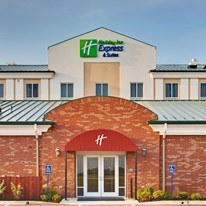 Holiday Inn Express Millington