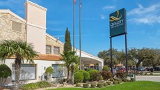 Quality Inn & Suites North East Mall