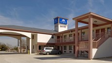 Americas Best Value Inn & Suites-Hempste