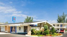 Motel 6 Tacoma North