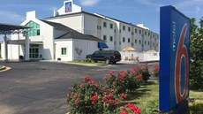 Motel 6 Montgomery Hope Hull