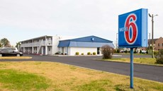 Motel 6 Sikeston