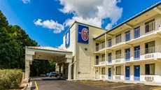 Motel 6 Raleigh Southwest