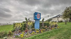 Motel 6 Dallas - Northwest