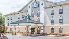 Days Inn & Suites Morganton