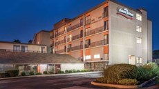Howard Johnson Hotel - Milford/New Haven