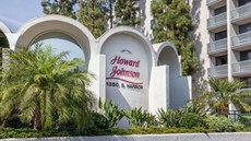 Howard Johnson Anaheim Hotel