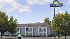 Days Inn Council Bluffs/9th Ave