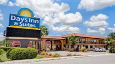 Days Inn & Suites Orlando/UCF Area