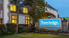 Travelodge International Inn