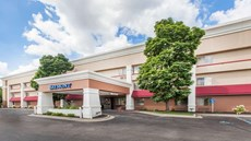 Baymont Inn & Suites Grand Rapids Arpt