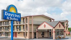 Days Inn & Suites Springfield on I-44