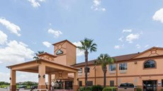 Days Inn & Suites Pasadena