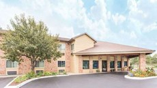 Baymont Inn & Suites Muskegon