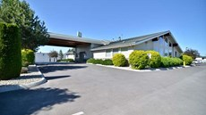 Best Western Sawtooth Inn & Suites