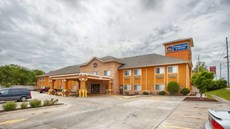 Best Western Topeka Inn & Suites