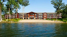 Best Western Premier Ldg On Lake Detroit