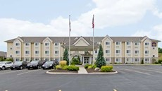 Best Western Plus Woodstock Inn & Stes