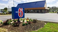Motel 6 Wildwood