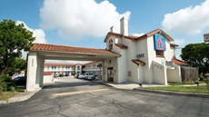 Motel 6 San Antonio Windcrest