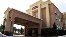 Hampton Inn & Suites Orlando-John Young