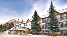 Coast Canmore Hotel
