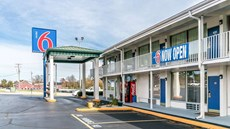 Motel 6 Somerset