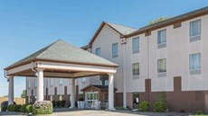 Baymont Inn & Suites, Highland