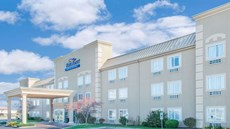 Baymont Inn & Suites Litchfield