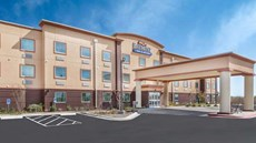 Baymont Inn & Suites Midland Center