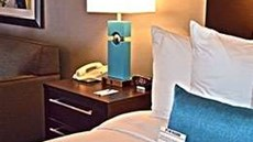 Maplewood Suites Extended Stay - Airport