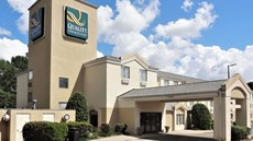 Quality Inn and Suites Raleigh North