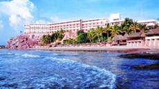 Faro Mazatlan Beach Resort
