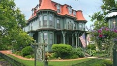 The Queen Victoria Bed & Breakfast Inn