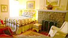 Burbridge St. Bed & Breakfast