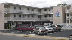 Bay Breeze Motel