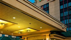 Courtyard by Marriott NYC/LaGuardia